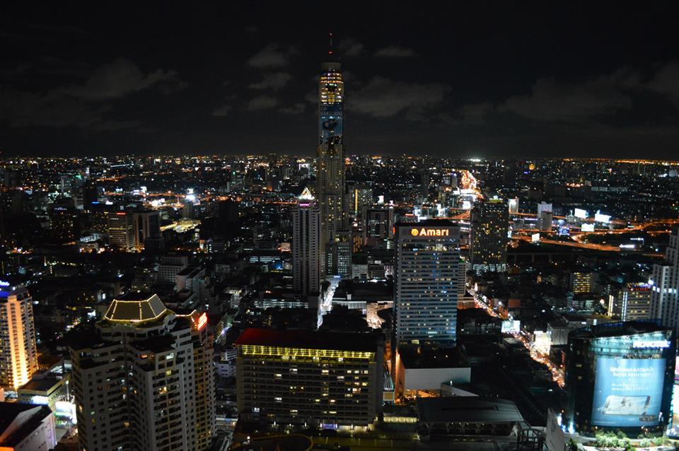 red sky bar uitzicht in Bangkok, Thailand, Zuid Oost-Azië
