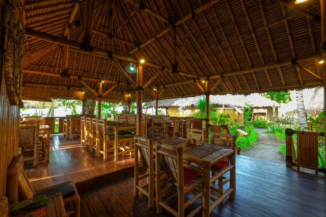 Rinjani Beach eco resort restaurant