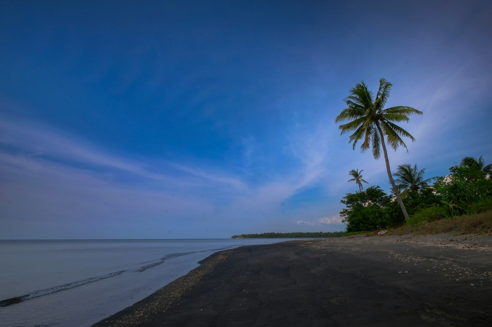 zwarte strand Tanjung, Lombok, Indonesië, Zuid Oost-Azië