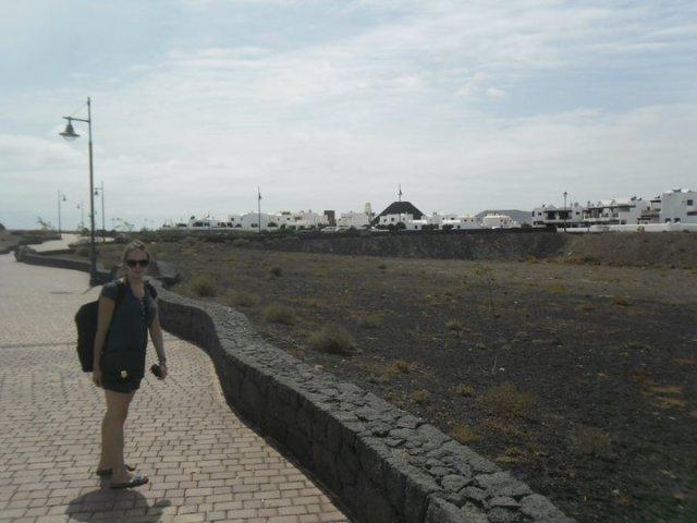 wandelen naar Punta del Papagayo vanuit Playa Blanca, Lanzarote, Canarische eilanden, Spanje