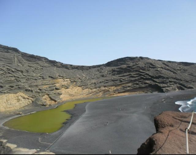 bijzonder natuurverschijnsel Lago Verde, Lanzarote, Canarische eilanden